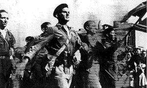Desfile de guerrilleros españoles en Auch-2.