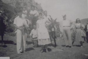 Grupo en una romería-2. Callau