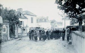Guerrilla en Moumour, entierro Francisco Cavero-3