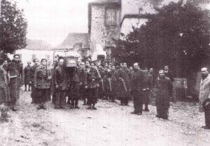 Guerrilla en Moumour, entierro Francisco Cavero-2