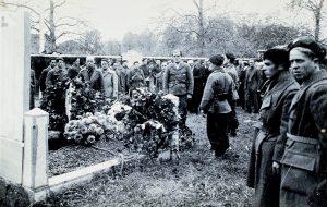 Guerrilla en Moumour, entierro Francisco Cavero-5