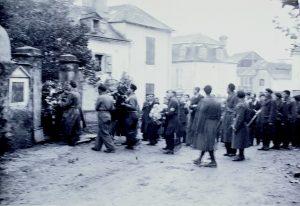 Guerrilla en Moumour, entierro Francisco Cavero-4